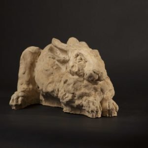 Sculpture lièvre ciment jardin